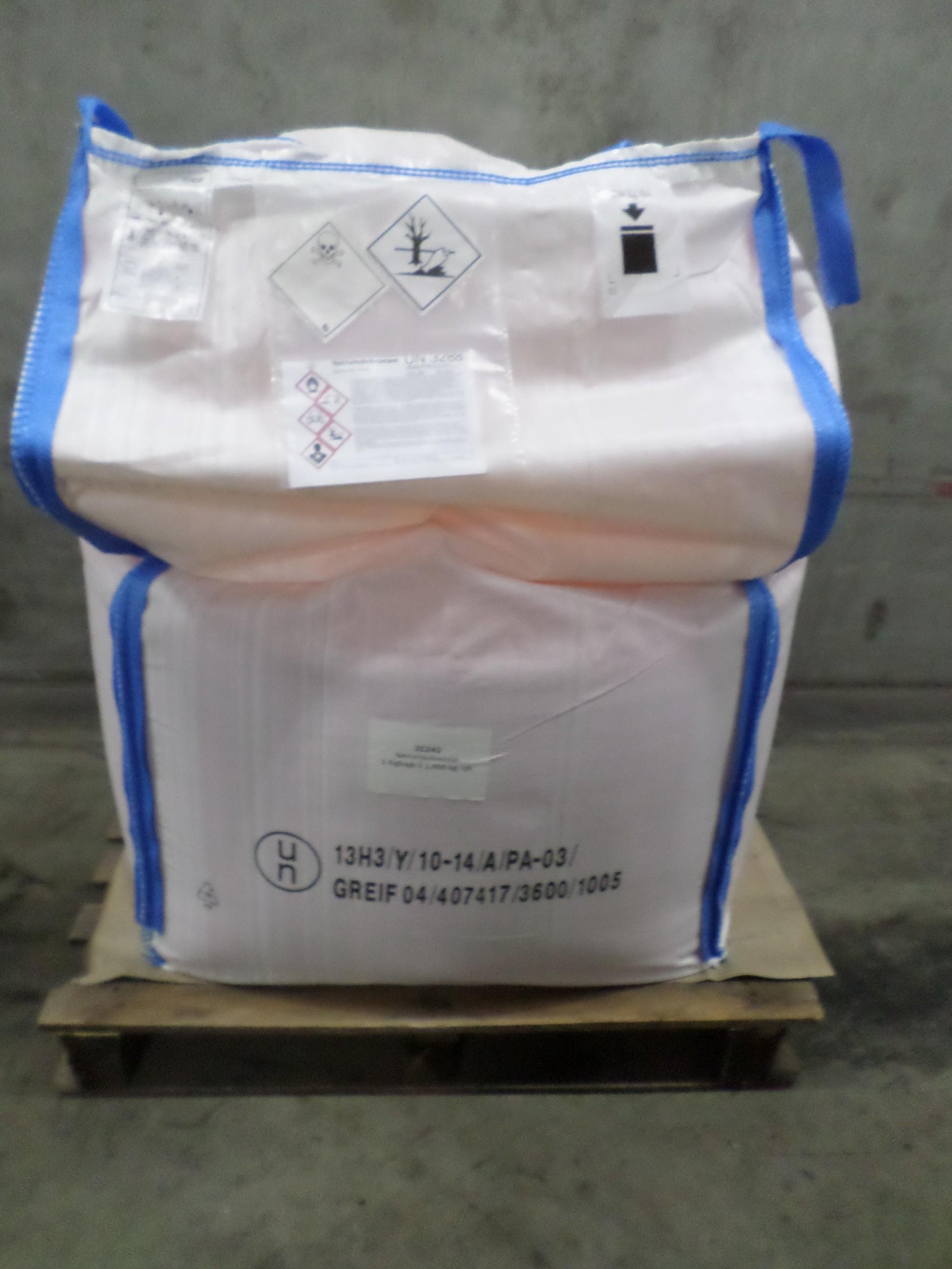 sodium dichromate in bulk bag